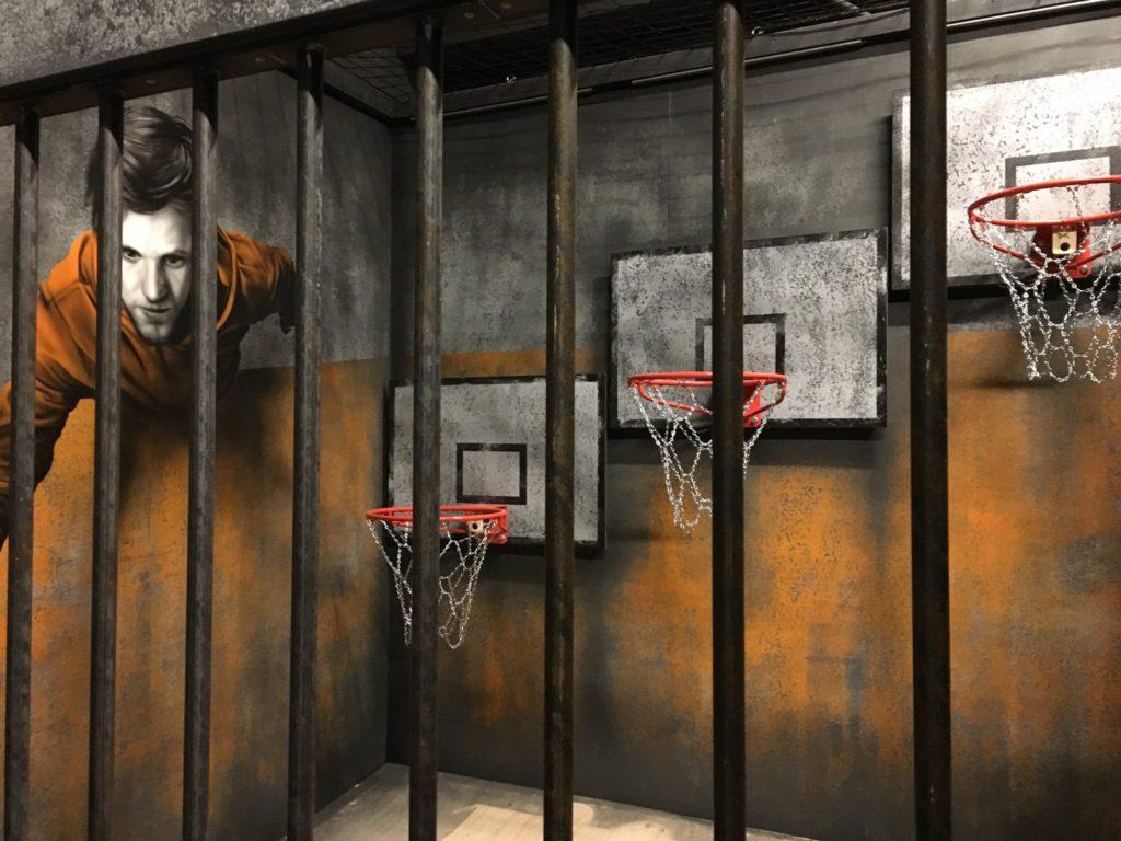 Basketball-opdracht Prison Island